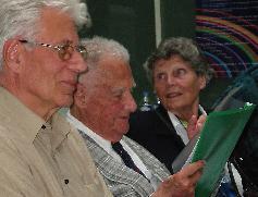OCB (au centre) au congrès de la Society for Scientific Exploration, 2003